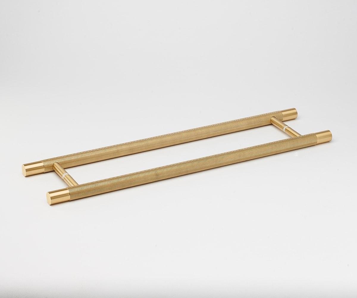 lo&cointeriors-brass-door-handles